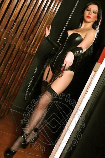 Valeria Hot  DIANO MARINA 3714477529